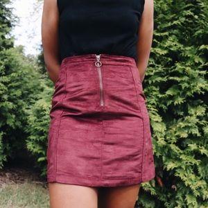 Old navy zip up suede skirt